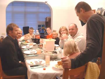 A Good Dinner Guest - myfriendDebbie.com